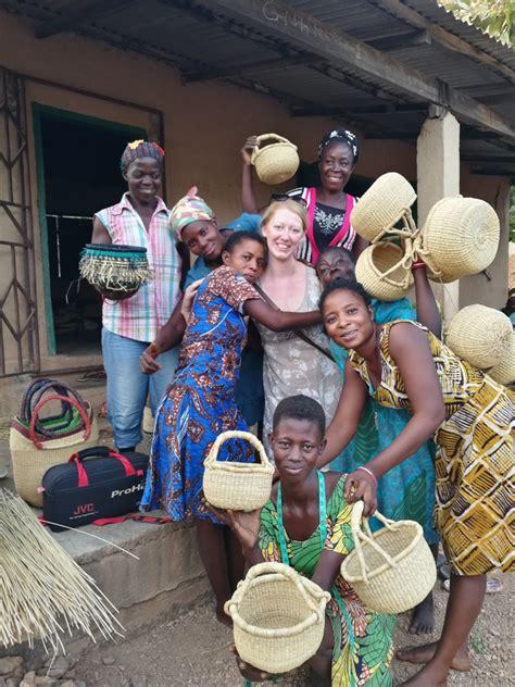 Stāsti par piedzīvojumiem eksotiskajā Āfrikas valstī Ganā ...