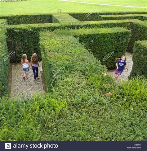 Garten Kaufen Berlin Marzahn by Labyrinth Garten Im Garten Der Welt Oder Die G 228 Rten Des