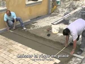 Pose De Pavé Sur Mortier : poser un carrelage youtube ~ Dode.kayakingforconservation.com Idées de Décoration