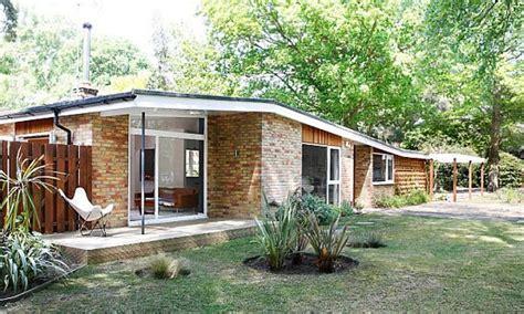 mid century modern bungalow mid century modern motels
