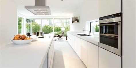 d馗o cuisine blanche cuisine d 39 architecte de chez bulthaup photo 10 20 cuisine blanche les meubles sont en stratifié