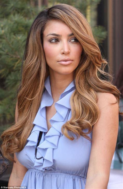 Kim Kardashian admits new platinum blonde hair is 'just a ...