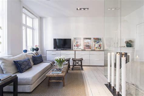 lighting for small kitchens klein appartement met open keuken en slaapkamer binnenkijken 7044