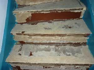 Enlever colle à moquette sur escalier en bois