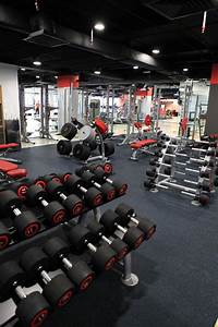 Fitnessstudio Zu Hause : pin von toni l tj nen auf gym kuntosali pinterest fitness fitnessstudio und fitnessroom ~ Indierocktalk.com Haus und Dekorationen