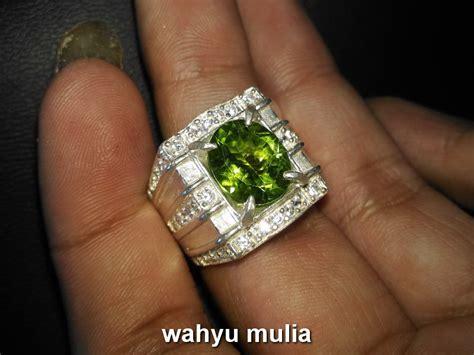 batu cincin dijual murah batu cincin peridot hijau asli kode 699 wahyu mulia