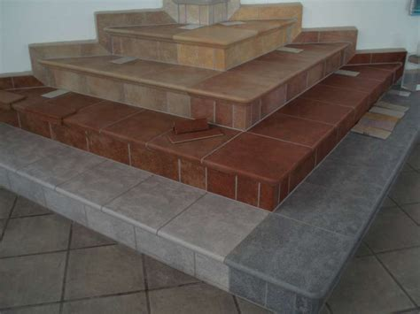 Treppenfliesen, Fliesen Treppe, Stufenplatten