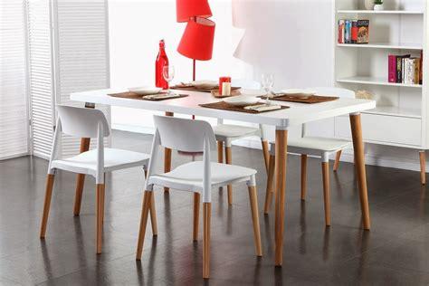 table et chaises pas cher salle a manger blanc laque pas cher