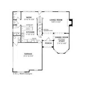 traditional style house plan  beds  baths  sqft plan   houseplanscom