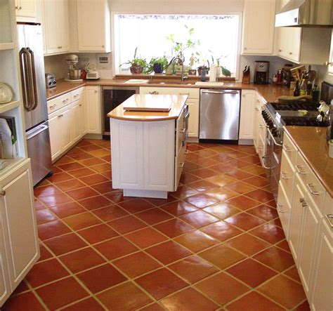 cheap kitchen floor ideas unique kitchen floors vuelosfera 5299