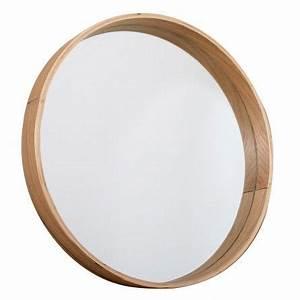 Holz Spiegel Rund : dieser runde spiegel von von butik hat ein retro design und besticht mit seiner minimalistische ~ Frokenaadalensverden.com Haus und Dekorationen