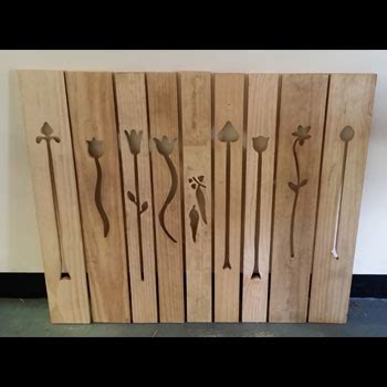 Picket Fence T/Pine Panels, Flower Cut Outs 140 x 19mm Set