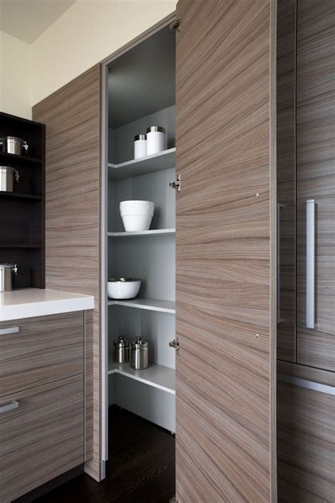 Height Kitchen Cupboards by Yes Height Blind Corner Pantry On 90 Degree Angle