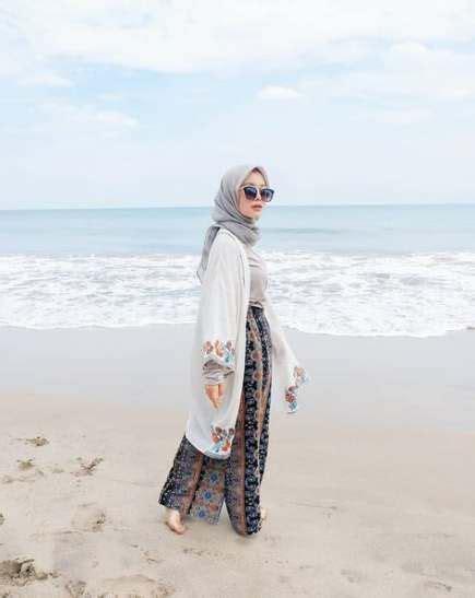 trendy fashion summer beach outfit ideas  dress dress fashion pakaian pantai pakaian
