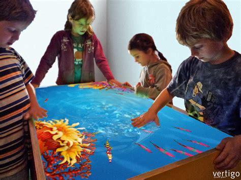 Aquarium Als Tisch by Living Aquarium Lebensechtes Virtuelles Aquarium