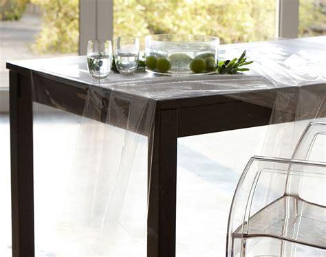 nappe transparente pour table carree 170x170
