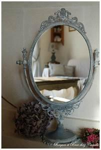 Petit Miroir Sur Pied : miroir sur pied patin briques et broc chez camille ~ Teatrodelosmanantiales.com Idées de Décoration