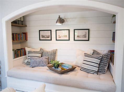 Follow The Yellow Brick Home - Ten Cozy Reading Nook Ideas ...