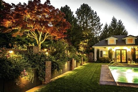 Residential Landscape Lighting Db Livonia Ideas Houston