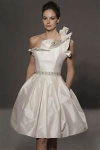 wedding dresses for short girls styles of wedding dresses With wedding dresses for short people
