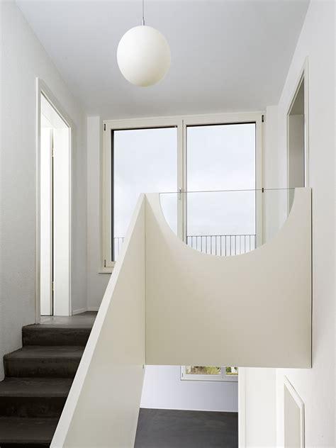 Treppengeländer Gemauert Bilder by Treppenbr 252 Stung Mit Formsch 246 Nem Glaseinsatz Bauemotion De