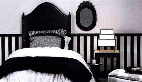 chambre ado fille noir et blanc les erreurs à éviter avec une déco en noir et blanc