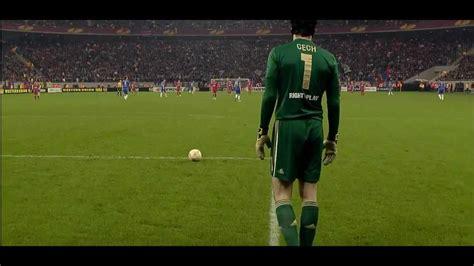 Soccer/Football Fail: Petr Čech Goal kick fail! - YouTube