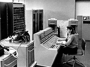 Old Photos of the First Generation of Computers ~ vintage ...