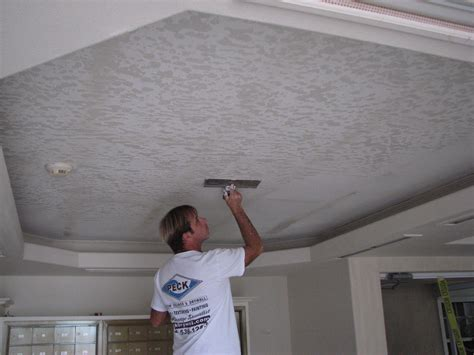 skip trowel plaster ceiling how to apply a skip trowel texture
