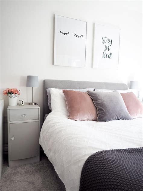 trendy bedroom decor  design ideas