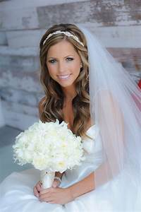 Wedding Hairstyles With Veils Dipped In Lace