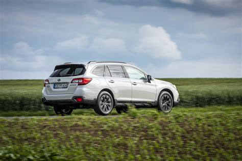 Roomy and spacious, the interior is nicely finished and subaru's starlink. Subaru Outback Sport X - X für Fitness - NewCarz.de