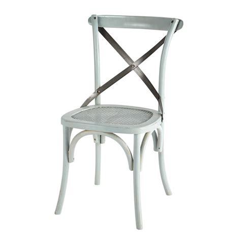 chaise et bleue chaise en rotin et métal bleue tradition maisons du monde