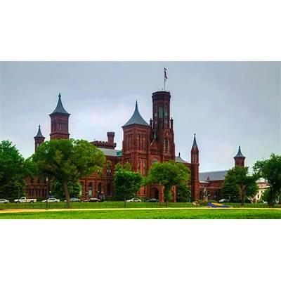 Smithsonian Institution - WorldStrides
