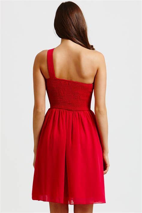 pink embellished  shoulder prom dress