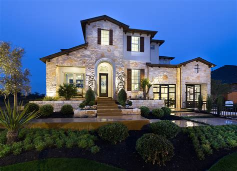 standard pacific homes debuts  model   golf  community   bluffs  twin creeks