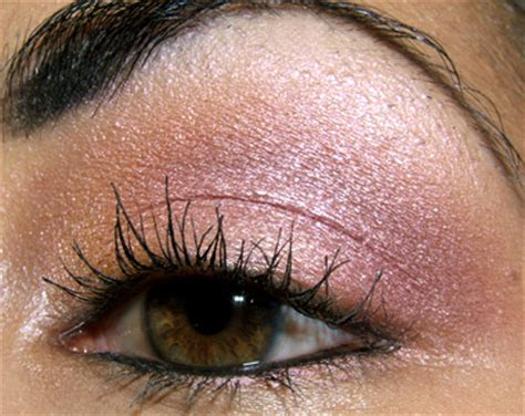 tutorial neutral pink  touches  gold  berry