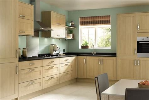 colours that go with oak kitchen cabinets tulsa oak effect shaker wickes co uk 9816