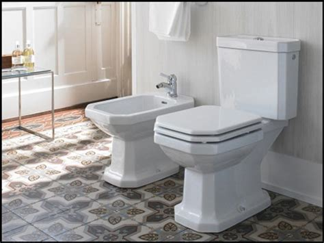 univers retro dans la salle de bain