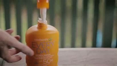 Sunscreen Reapply Sunblock Giphy Biji Ways Kolestrol