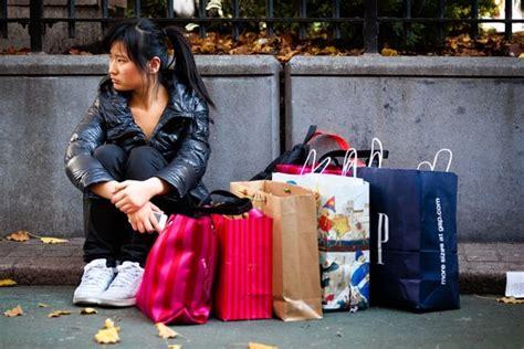 shop til  stop   treat compulsive spending wsj