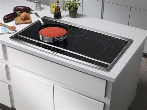 Electrolux EW36CC55G 36 Inch Hybrid Induction Cooktop with