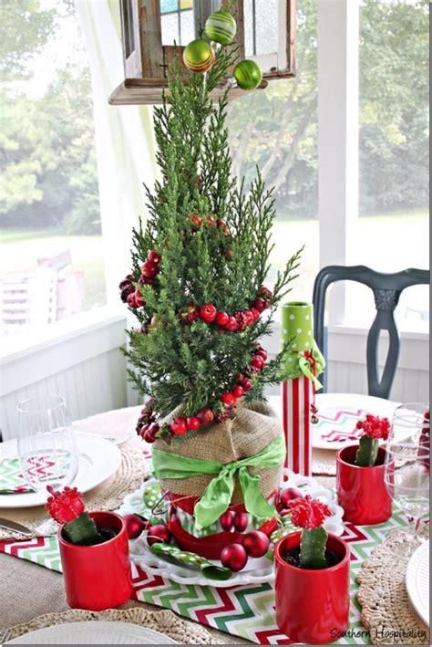 glamorous diy christmas centerpiece ideas youll