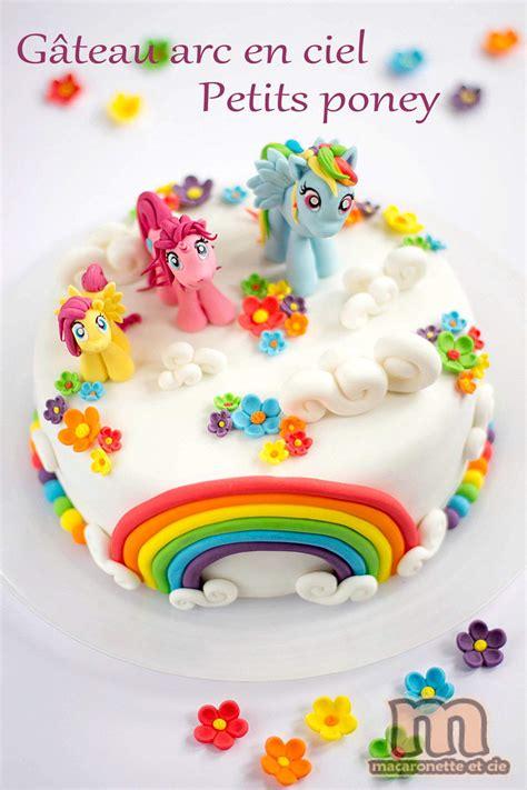 arc en ciel decor g 226 teau arc en ciel des petits poneys macaronette et cie gateaux cake designs