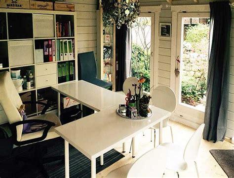 Kleines Büro Sinnvoll Einrichten by Gartenhaus Originell Einrichten 20 Gro 223 Artige Inspirationen