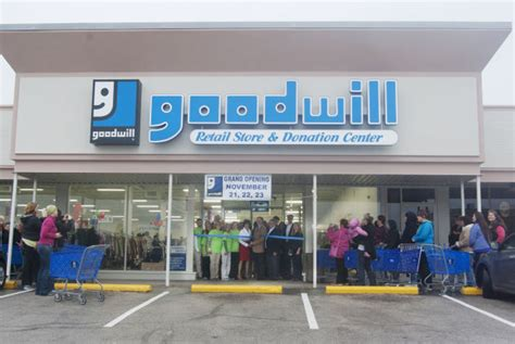 goodwill unveils new granite city store suburban