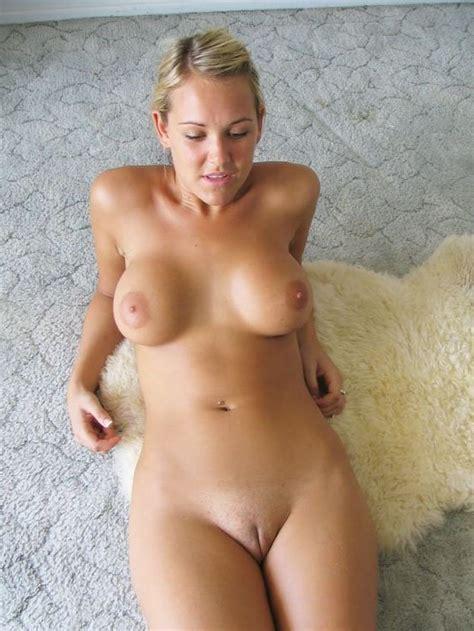 amateur older nudes titless