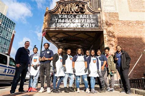 The harry chapin food bank. Stop & Shop, Students Provide Free Thanksgiving Meal In Brooklyn