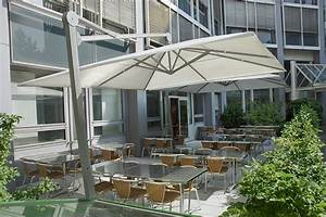 sonnenschirme fur garten und terrasse dolenz gollner With französischer balkon mit grosser sonnenschirm