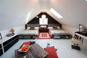 Geschwister Zimmer Einrichten : 28 einrichtungsideen f r kinderzimmer mit dachschr ge ~ Markanthonyermac.com Haus und Dekorationen